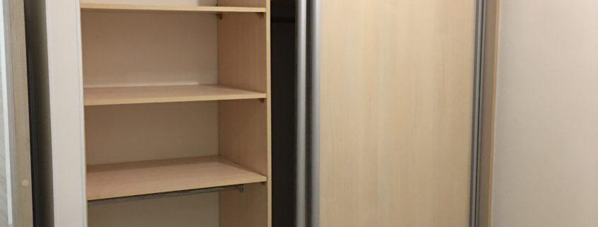 Замена роликов двери шкафа купе